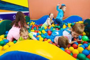 Как открыть детскую игровую комнату: что понадобится и какие могут возникнуть сложности