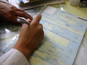 Как уйти на больничный если не болеешь: как открыть лист нетрудоспособности?
